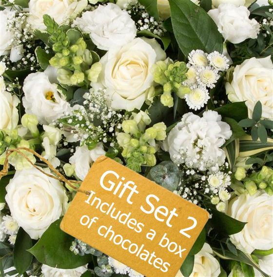 Gift Set 2 - Florist Choice Hand-Tied in Water