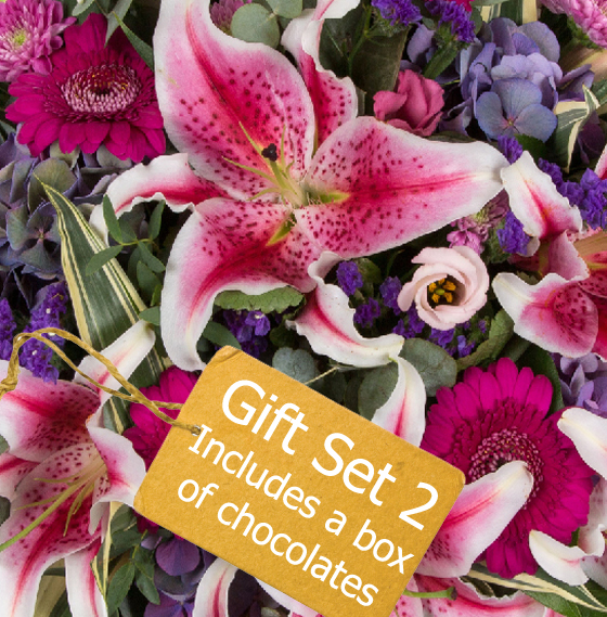 Gift Set 2 - Florist Choice Traditional Bouquet