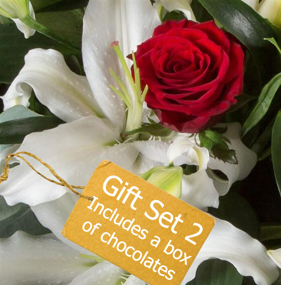Gift Set 2 - Romantic Florist Choice Bouquet
